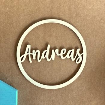 Personalisierter 15cm Ring aus Holz mit deinem Wunschnamen personalisiert