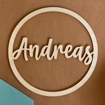 Personalisierter Ring aus Holz mit deinem Wunschnamen personalisiert