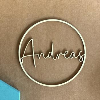 Personalisierter 15cm Ring aus Holz mit deinem Wunschnamen personalisiert - filigran